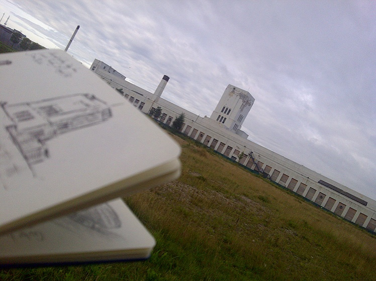 Drawing the Littlewoods building, Edge Lane